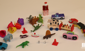 Mini Monday: Dollhouse Toy Clutter